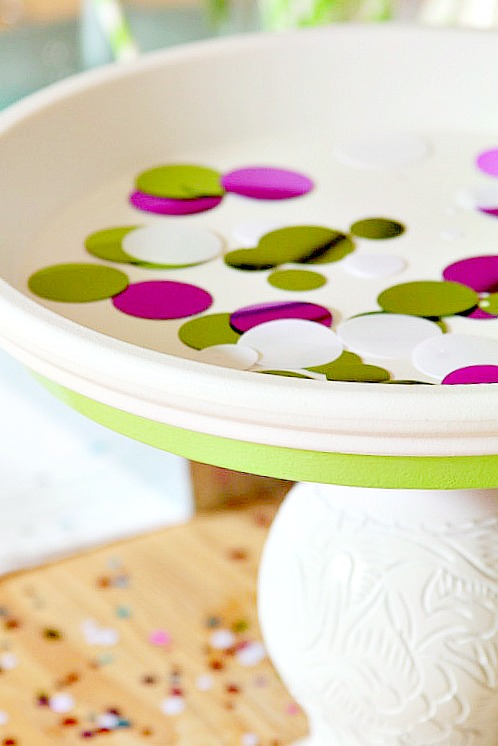 Turn a Terra Cotta Saucer into a Cupcake Stand