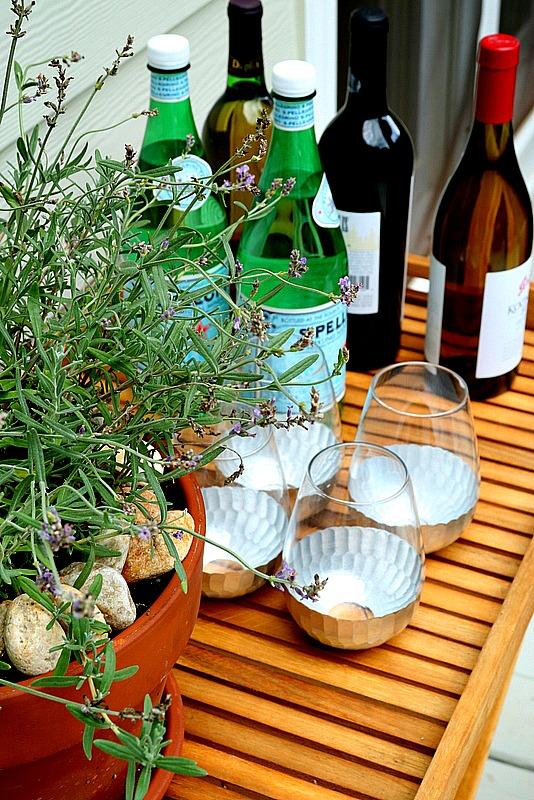Quick And Easy Backyard Ideas : Quick and Easy Outdoor Decor Ideas  Duke Manor Farm