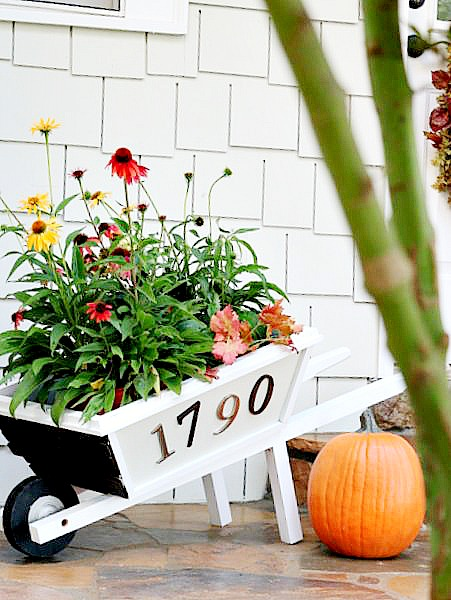 How to create a multipurpose Rustic Wheelbarrow