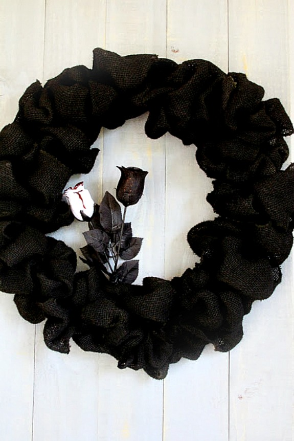 7 Super Cute Halloween Wreaths