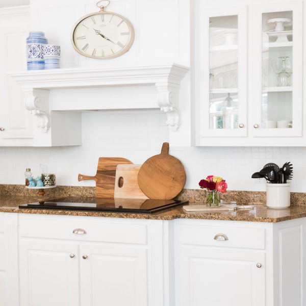 How to paint over your outdated back splash