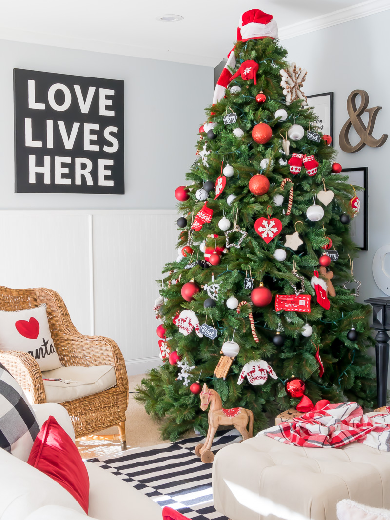 Deck the halls in your home using red and black