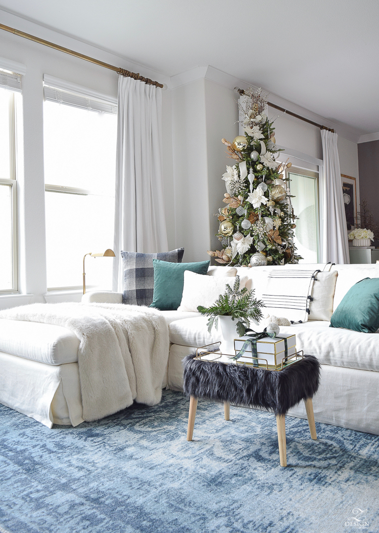 30 Holiday Homes That Will Inspire Your Holiday Decorating Duke Manor Farm